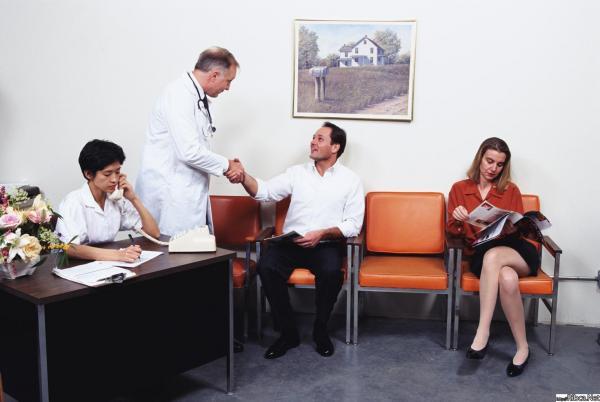 Русское порно гинеколог трахает молоденькую 14 фотография